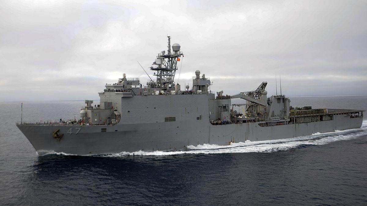 USS Rushmore LSD-47 (US Navy photo by Mass Communication Specialist 2nd Class Chandler Harrell)