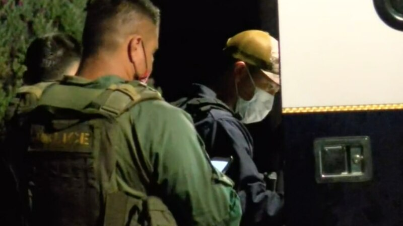 A tense armed barricade situation at the Kahala Resort & Hotel in Honolulu continues Saturday...