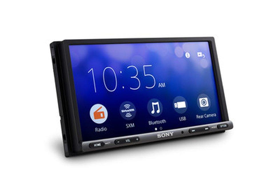 Sony Electronics' new XAV-AX3200 car AV media receiver