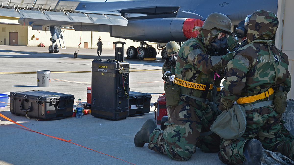 76th SMXG interns learn the ropes > Tinker Air Force Base