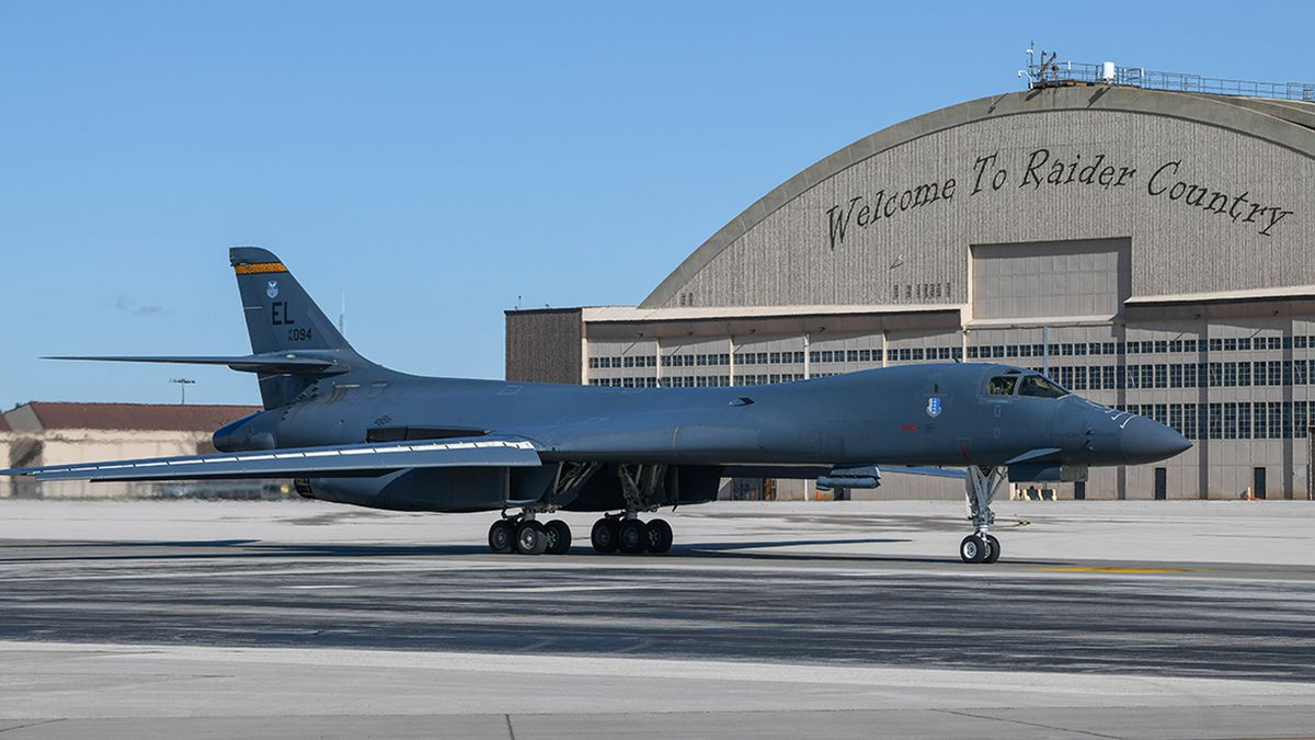 A B-1B Lancer taxis past the PRIDE Hangar at Ellsworth Air Force Base, S.D., Oct. 24, 2019,...