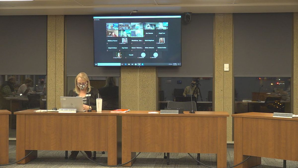 A new grading policy discussion took place Monday night.